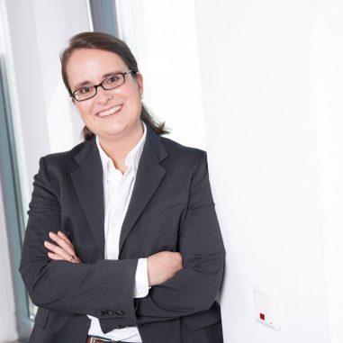 Anna Knobbe-Krasky ist Fachanwältin für Mietrecht und Wohnungseigentumsrecht in Bonn